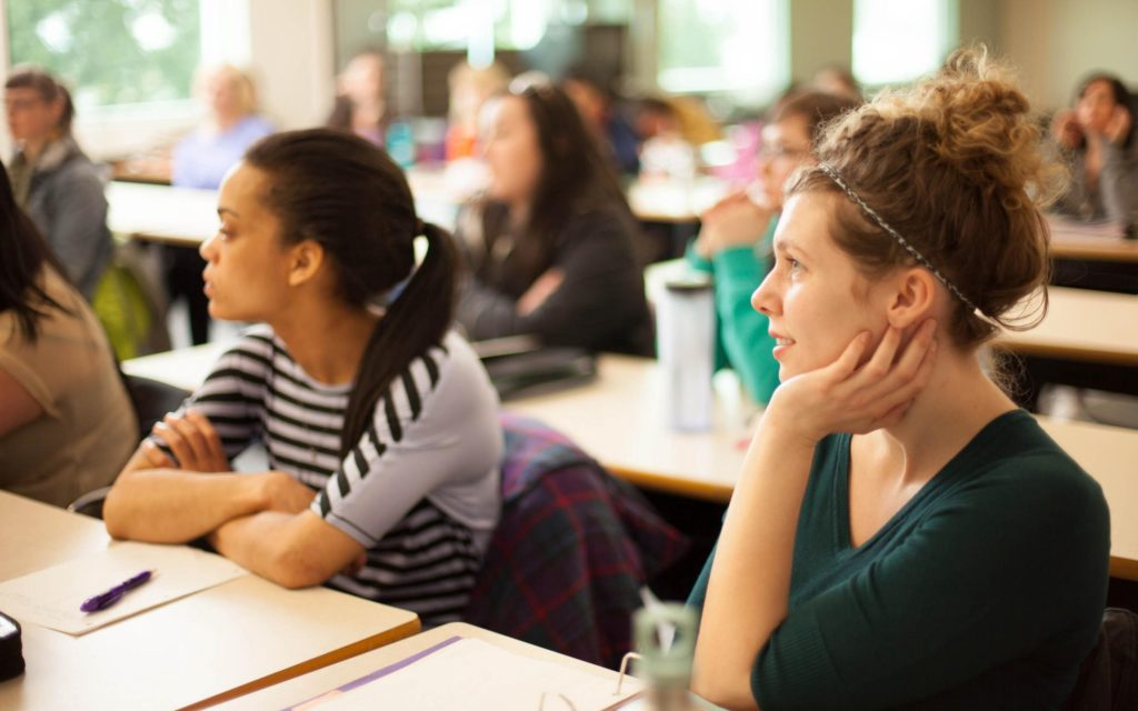 Tuition to score good grades - 7 EFFECTIVE TIPS FROM MENTYOR TO SHAPE UP YOUR CAREER